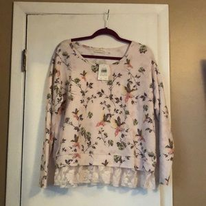 NWT Retrology Pink Floral with Birds Pullover - L